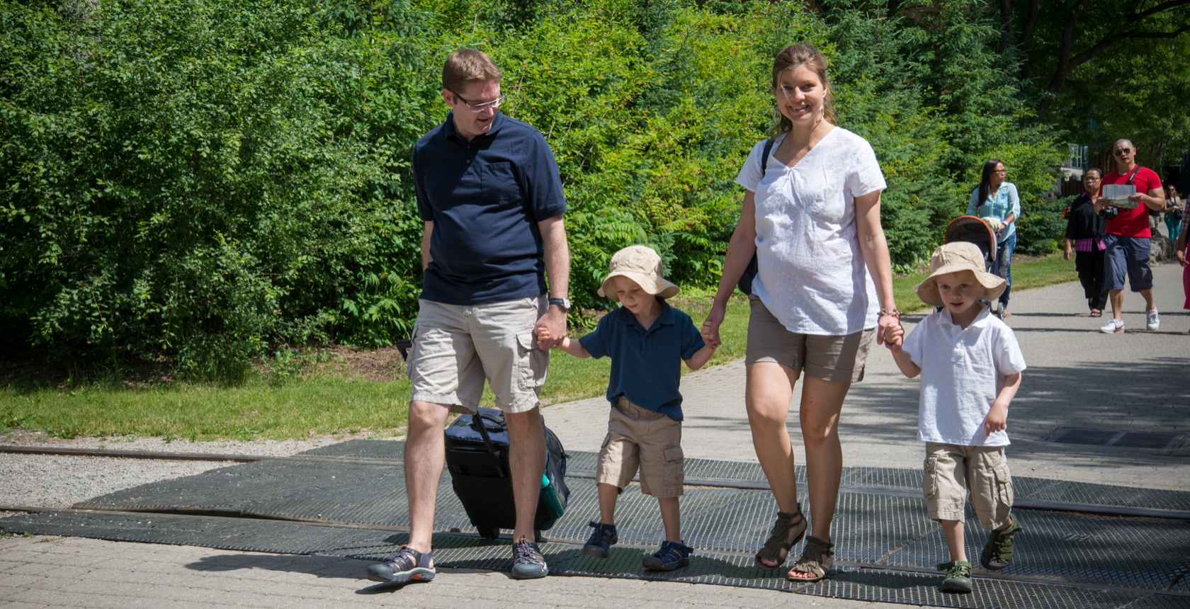 Family Fun for Everyone - Plan Your Family Visit Now!  - Marineland